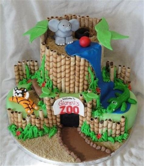 zoo themed birthday cake ideas some astonishing diy birthday party ideas for zoo jungle