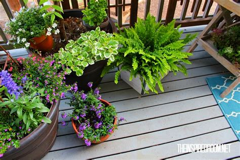 Deck Plants teacart plant stand and a new finish on the deck the