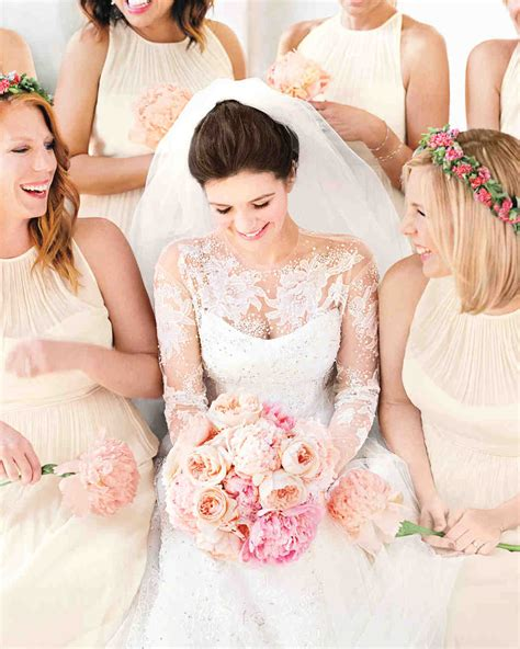 68 flower crown ideas to complete your wedding hairstyle 68 flower crown ideas to complete your wedding hairstyle