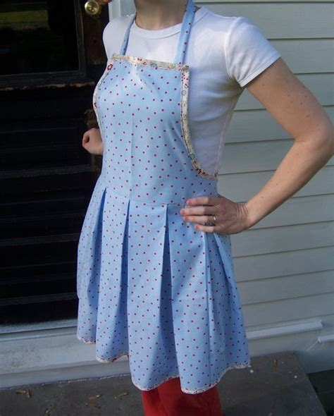 pattern for apron skirt box pleat apron sewing patterns pictures of and retro style