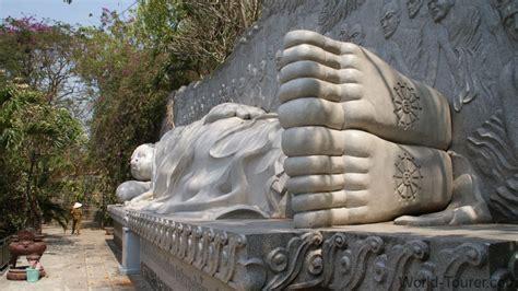largest reclining buddha reclining buddha long son pagoda
