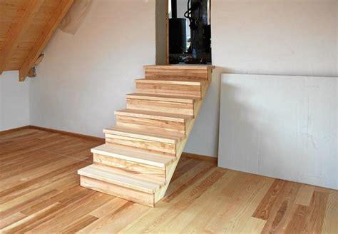 treppe dachgeschoss dachgeschoss dekor treppe home design ideen