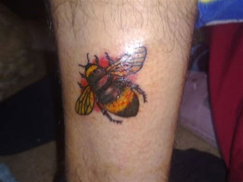 bumblebee tattoo bumble bee tattoos designs ideas and meaning tattoos
