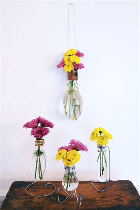 Light Bulb Vase by Diy Light Bulb Vase 187 The Merrythought