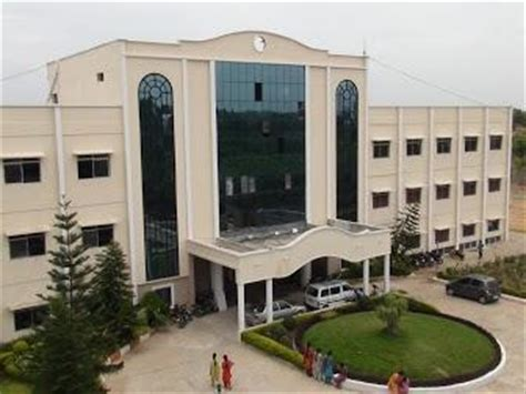 sridevi engineering college hyderabad sridevi womens engineering college vattinagulapalli http