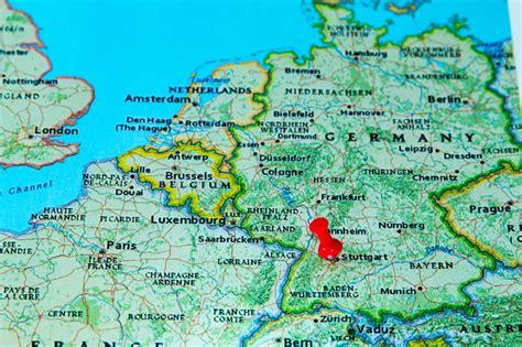 hängematte stuttgart stuttgart germania ha appuntato su una mappa di europa