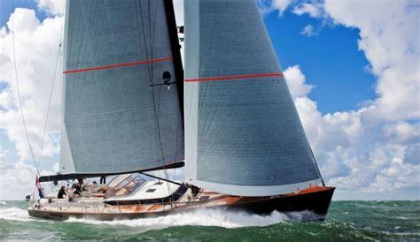 sleek contest cs yacht  flagship   contest