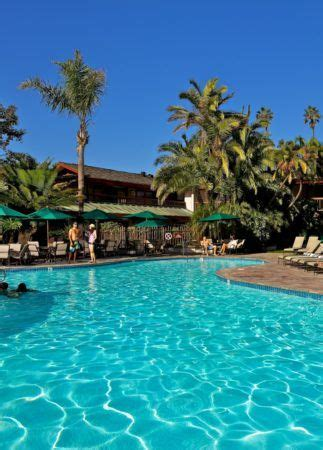 catamaran resort hotel and spa pool 8 best mission beach hotels where to stay in mission beach