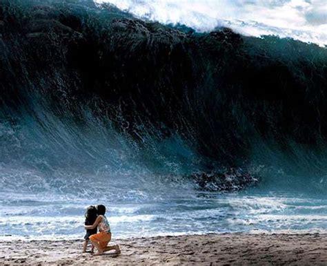 imagenes fuertes del tsunami en japon que significado tiene so 241 ar con un tsunami o con olas