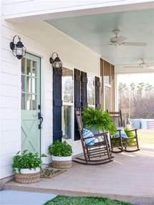 Flea Market Chandelier 47 Best Rustic Farmhouse Porch Decor Ideas And Designs For