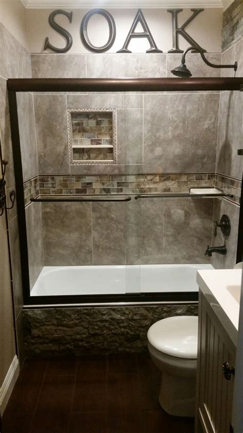 Diy Rustic Small Guest Bathroom Accented With Airstone Diy Small Bathroom