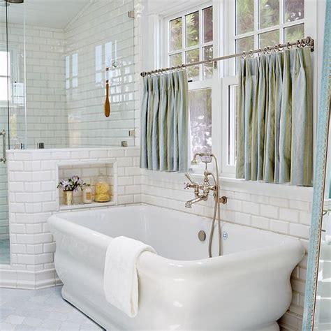 Bathroom Window Curtains Ideas by 18 Inspirational Ideas For Choosing Properly Bathroom
