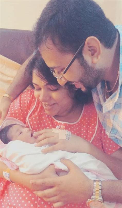 Actress Muktha shares baby Kanmani's photo   Photos