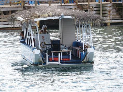 glass bottom boat tours grand cayman glass bottom boat tour on grand cayman foto de cayman