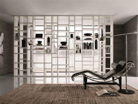 parete divisoria libreria oltre 25 fantastiche idee su pareti divisorie su