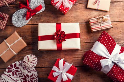 cadenas de facebook navideñas tres claves para las empresas durante las compras en esta