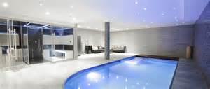 le luxe et le confort d une avec une piscine int 233 rieure