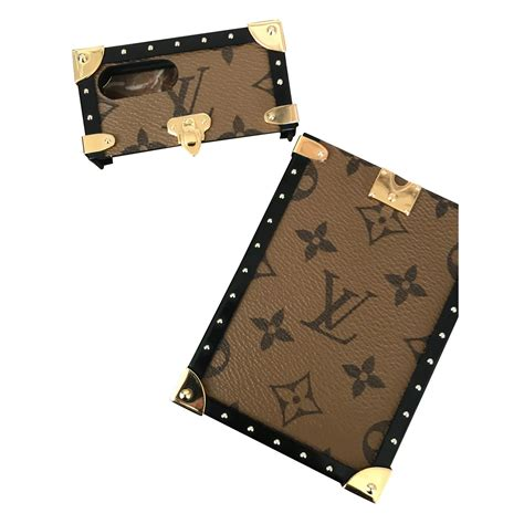 coque iphone 7 louis vuitton maroquinerie louis vuitton coque iphone 7 ou 8 plus autre marron ref 100440 joli closet