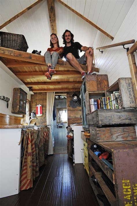 journey house tiny house giant journey 這對情侶拋下一切 用 流動小屋 完成勇闖世界的 大夢想 a