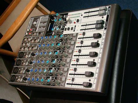 Mixer Behringer 1204fx behringer xenyx 1204fx image 521940 audiofanzine
