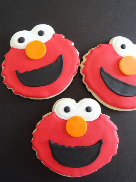 pink little cake sesame street cookies how to make oscar