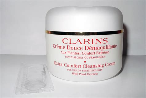 how to use clarins extra comfort cleansing cream clarins extra comfort cleansing cream for dry and