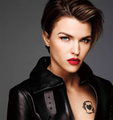 how to do ruby roses haircut ruby rose haircut ideas pinterest ruby rose rose