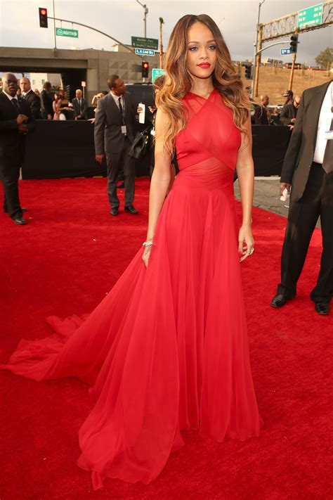 rihanna best dresses grammys best dressed 2013 grammy awards carpet