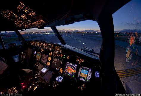 beautiful vortex from 737 800 landing in cat ii ph hzg transavia boeing 737 800 at palma de mallorca