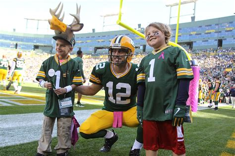 best fans in the why the green bay packers the best fans in the nfl