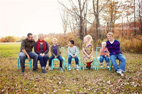 7 Tricks To Remember When Posing For Photographs by Jen S Lists Posing Ideas For Family Of 6 To 7