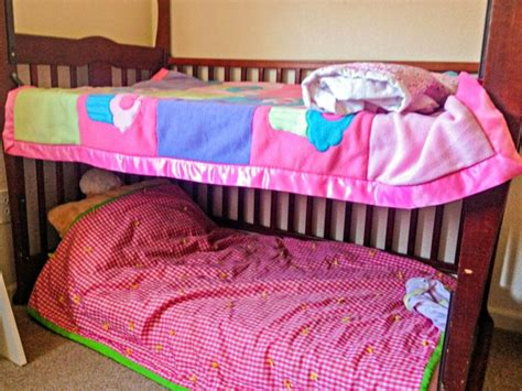 Crib Transforms Into Bed by Crib To Toddler Bed Transformation Clever