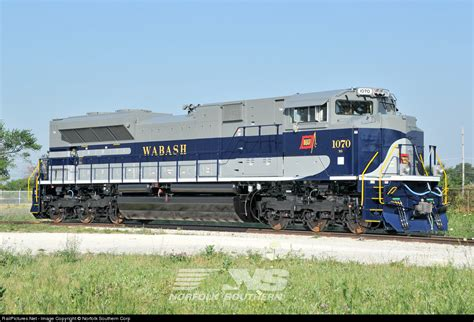Ns York Top wabash 1070 heritage sd70ace trains magazine trains