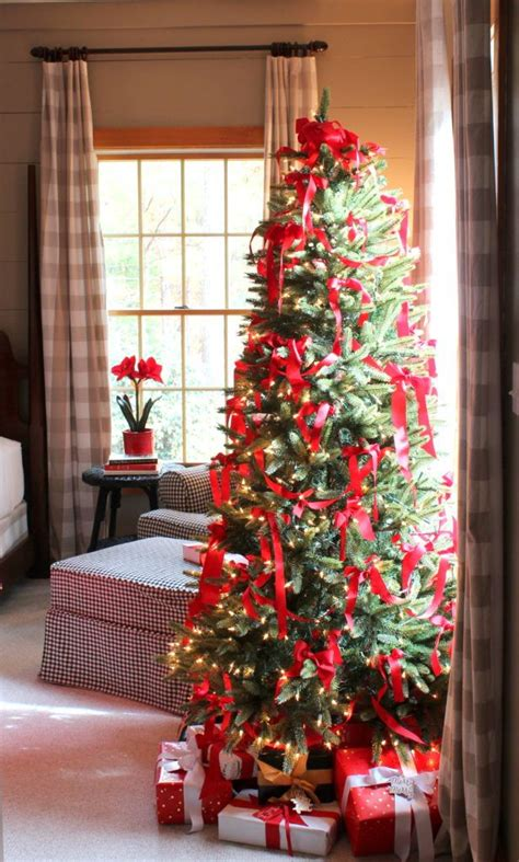 bedroom christmas tree 1000 ideas about tree bedroom on pinterest tropical