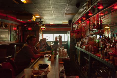 top bars in pittsburgh what two pittsburgh bars did esquire name to its best bars