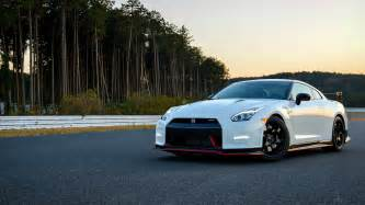 Nissan Gtr Wallpaper White Gtr Wallpapers Hd Wallpapercraft
