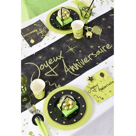 chemin de table quot joyeux anniversaire quot vert