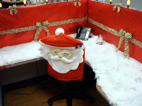 work christmas decorating ideas 60 best work decor images on merry the office and