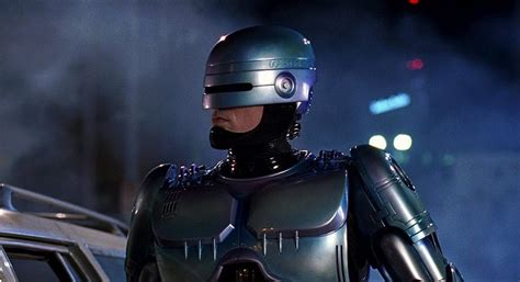 film robot humain at 30 robocop remains a chillingly accurate and often
