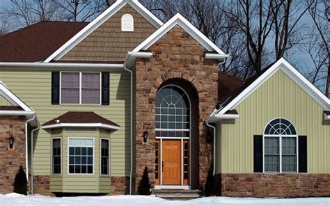 Which Is Better Hardie Or Monogram Vinyl - is vinyl siding better than wood siding fiderio sons