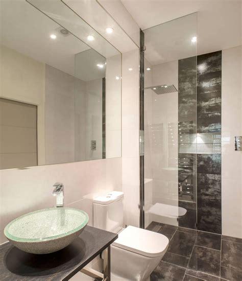 decoração de banheiro pequeno todo branco banheiros pequenos fotos e dicas imperd 237 veis arquidicas