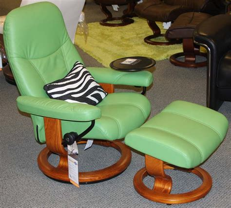 stressless diplomat recliner stressless diplomat small consul recliner chair ergonomic