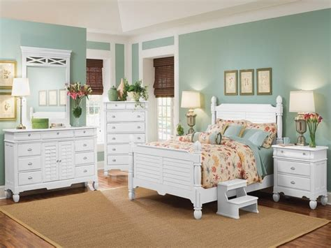 beach house bedroom furniture beachy living rooms navy blue and white bedroom beach