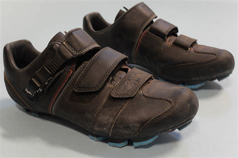 rapha bike shoes reviewed rapha cross shoes velonews