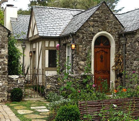 Cozy Cottage by Cottage Cozy Cottages