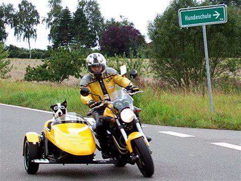 Motorrad Mit Beiwagen Rechtskurve by Voxan Schwenker Gespann Kradblatt