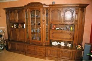 schrank eiche rustikal sehr gut erhaltener wohnzimmerschrank eiche rustikal