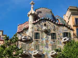 gaudi haus barcelona the architecture of antoni gaudi in barcelona