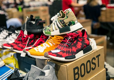 sneaker conventions sneaker con chicago takes an entire weekend