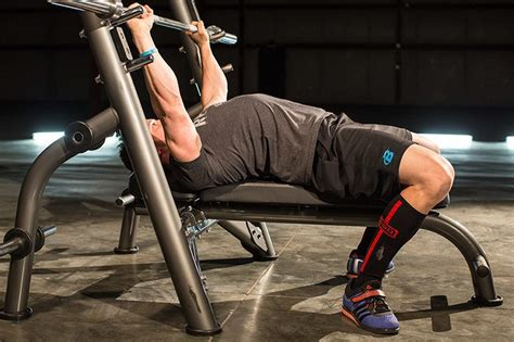 how to get stronger on bench press 6 tips for a stronger bench press danny kennedy fitness